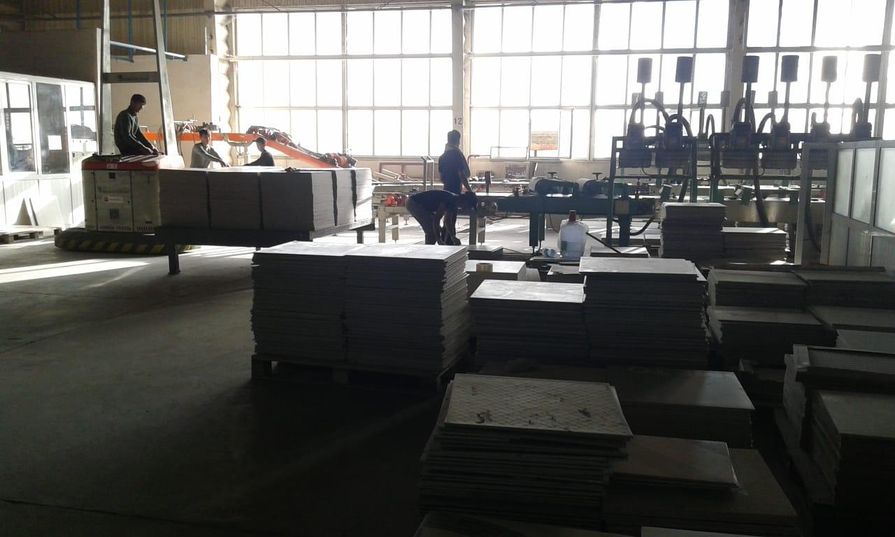 Фото Работа наших ребят в количестве 30 человек на заводе ЗЕРДЕ КЕРАМИКА. Продолжительность работы годовой контракт.