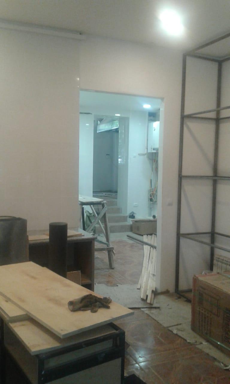 Фото Уборка после ремонта ресторана Бродвей на арбате. Подготовка к открытию.